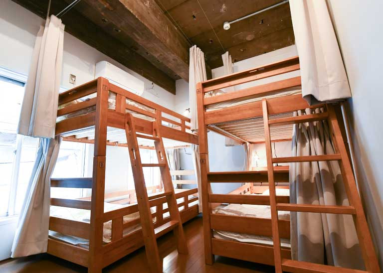 202:男女混合宿舍房間/4人房